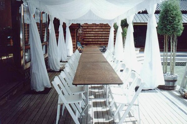 Leg Drapes Lend An Airy Feel To A Canopy