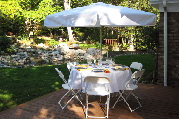 Rent 48 Inch Round Umbrella Table Seats 6