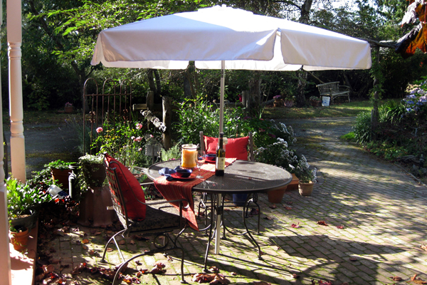 Pacific Party Canopiesu0027 Table Umbrella Fits In Most Patio Tables With A  Hole For An