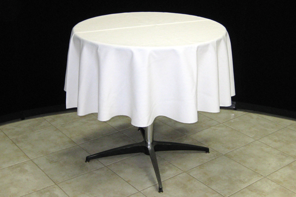 Round Table With Tablecloth.How To Choose The Right Table Linen Size For Your Wedding Or Event